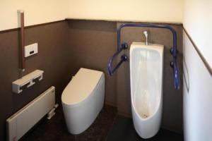 トイレ(洗面台よこ)