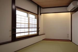 2階正面の和室